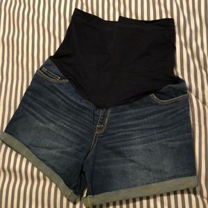 Over belly maternity jean shorts!